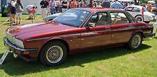 JAGUAR XJ40 BONNET GAS STRUTS YEAR 1987-1994-Brand new pair