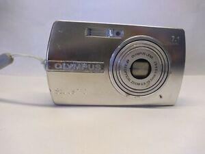 Olympus Stylus 710 Digital Camera X3 6.5-19.5mm 1.34-5.5 Silver