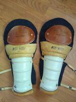 WinnWell 302 Enso Protecto Hockey shin guards, Vintage, man cave