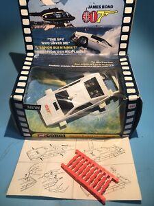 CORGI TOY 269 BOND 007 LOTUS ESPRIT UNDERWATER CAR SET RARER HAMMER & SICKLE BOX