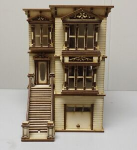 Lisa Painted Lady San Francisco Garage/French Door Kit 1:48 scale Dollhouse