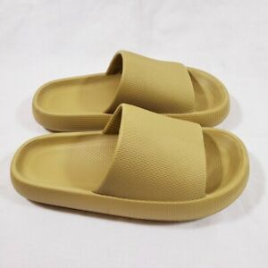 3D Sootheez Extremely Comfy Thick Slippers Womens 9 10 Tan EUC