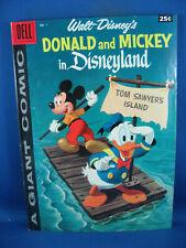DELL GIANT DONALD  MICKEY IN DISNEYLAND 1 VF 1958
