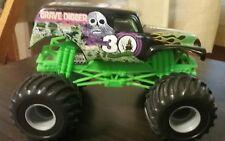2012 Monster Jam 1:24 Grave Digger 30th Anniversary