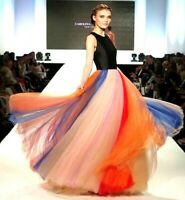 $6,490 Carolina Herrera Rainbow Tulle Maxi Long Runway Gown Dress IT 40 / US 4