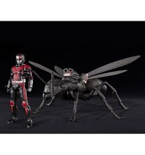 Bandai Marvel Ant Man et Wasp SH Figuarts Ant Man Deluxe