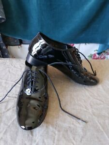 chaussures paire de repetto cuir vernies taille 36