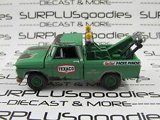 Johnny Lightning 1/64 Scale LOOSE TEXACO 1965 CHEVROLET C10 Tow Truck Wrecker #2