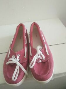 L.L Bean Women Red washed Lace up Comfy Shoes.Size 10M