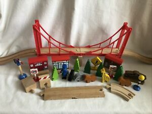 Wooden Train Set bridge & Accessories (compatible Brio ELC)