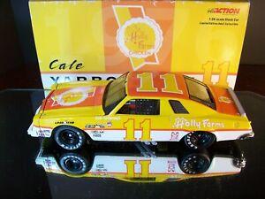 Cale Yarborough #11 Holly Farms 1976 Chevrolet Malibu 1:24 804 RCCA Jr. Johnson