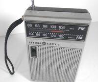 VintageAM FM TRANSISTOR IC RADIO GE MODEL P-850B VINTAGE CLEAN SOUND