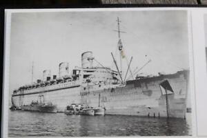 CUNARD WHITE STAR LINE RMS QUEEN MARY MODERN POSTCARD WW2 WAR SERVICE