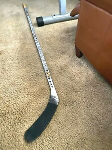 John Tripp Los Angeles Kings Rookie Signed Easton Synergy Game Used Stick