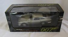 Boxed AUTOART James Bond 007 GOLDFINGER Aston Martin DB5 Silver Model Car 1:18