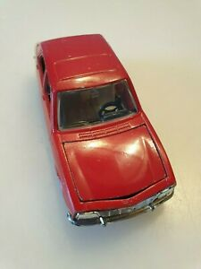 Peugeot 504 Limousine rot 1:43 Norev No.842 Made in France Originalzustand