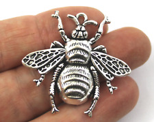 Antique Silver Tibetan Metal alloy BEE INSECT Charms Pendant Beads Craft Cards L