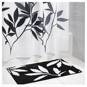 NEW iDesign Microfiber Rectangular Bathroom Accent Rug Black & White Leaves