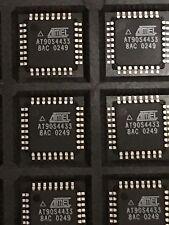 250 PCS AT90S4433-8AC TQFP-32 8-Bit AVR Microcontroller