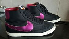 Filles Nike Blazer High Top Baskets-Noir & Rose-Taille UK 5-très bon état