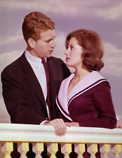 PEYTON PLACE - TV SHOW PHOTO #4 - BARBARA PARKINS + RYAN O'NEAL