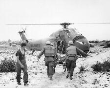 US MARINES HOLD MASS ON HILL 950 VIETNAM WAR 11x14 SILVER HALIDE PHOTO PRINT