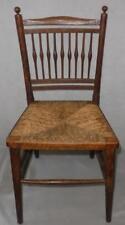 """Antique petit en bois tressés paille Children's chair (26"""" de hauteur)"""