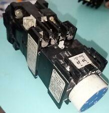 TELEMECANIQUE Bloc Contacteur CA2DN131 Bobine 220V Temporisateur Repos LA2-D22