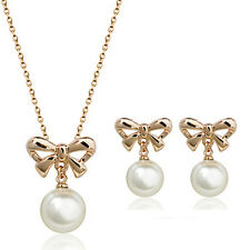 LOVELY ITALINA 18K ROSE GOLD PLATED PEARL BOW DROP NECKLACE & EARRING SET