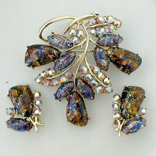 Purple Brooch CORO Earring Set Foiled Glass Stone Leaf Design Rhinestones Signed