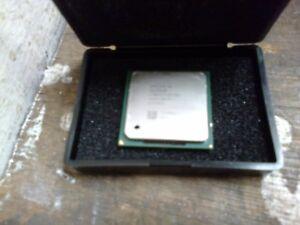 INTEL SOCKET 775 CELERON CPU  @ 2.6GHZ  - (R8-3)