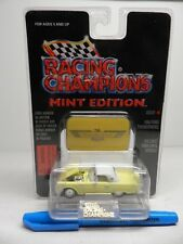 Racing Champions Mint Edition 1956 FORD THUNDERBIRD w/ Emblem Stand 1:56 Diecast