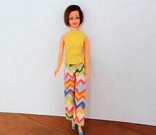 Vintage 1180 Casey Twist 'N Turn doll brunette doll 1966 in 3445 Zig Zag Zoom