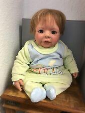 Monika levenig vinilo muñeca 48 cm. top estado