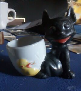 Chester Cat Egg Cup