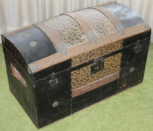 """Antique Camelback Humpback Storage Chest Steamer Luggage Trunk 30"""" LOCAL PICK UP"""