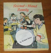 Vintage SECOND-HAND FAMILY, Richard Parker, Scholastic PB 1ST PRT 1969