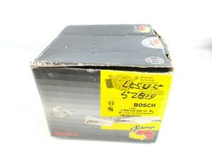 NOS Bosch Mercedes Benz Fuel Distributor 450SL SLC R107 0438100068 0986438089