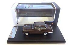 Triumph Herald Saloon 1959 - Beige 1:43 PREMIUM X IXO VOITURE RESINE PRD320