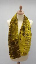 Echarpe dorée et marron