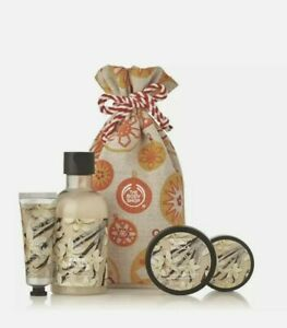 The Body Shop Warm Vanilla Festive Sack - Christmas Gift Special Edition