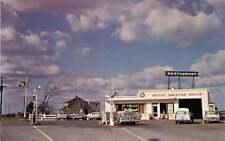 Roadside Postcard Viking Gas Station & Restaurant, Grimsby, Ontario, Canada