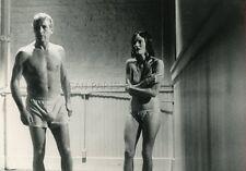 PAUL NEWMAN  GAIL  STRICKLAND  LA TOILE D ARAIGNEE   1975 VINTAGE PHOTO