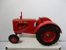"""1/16 SCALE  LOOSE TRACTOR CO OP NO3 1993 FARMALL """"C"""" TRACTOR LIM ED 110 OF 200"""