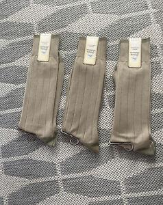 Tommy Bahama Socks 3 For $20