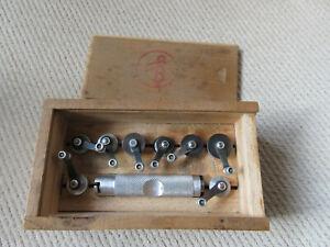 Altes Uhrmacherwerkzeug: Federwinder für Kleinuhren