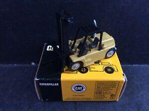 NZG 1:87 Caterpillar Cat B25 Lift Truck Forklift Made In Germany Mint In Box MIB