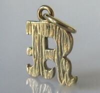 9ct Gold Pendant - 9ct Yellow Gold Capital Letter 'R' Pendant