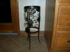 Partylite Seville 3 Wick Candle Holder Stand Grape Leaf Wrought Iron Grapevine