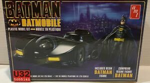 Amt 1107m/12 Kit 1/25 Batman Batmobile Comprend Pas La Figurine De Batman